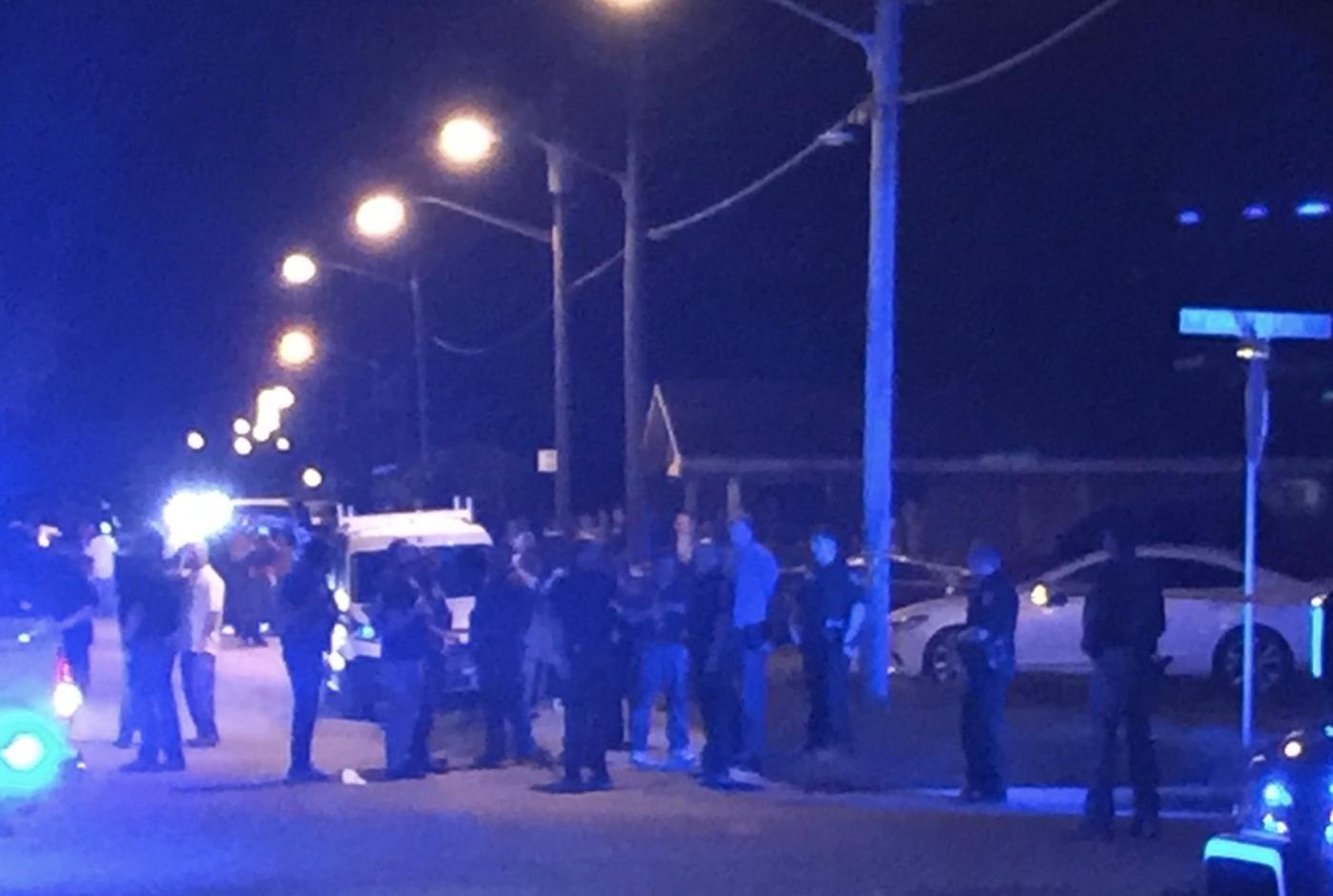 Martin County: Deputy shoots and kills machete wielding man
