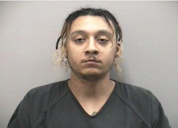MCSO arrest man for slapping girlfriend with a cheeseburger